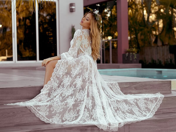 Laced bride robes