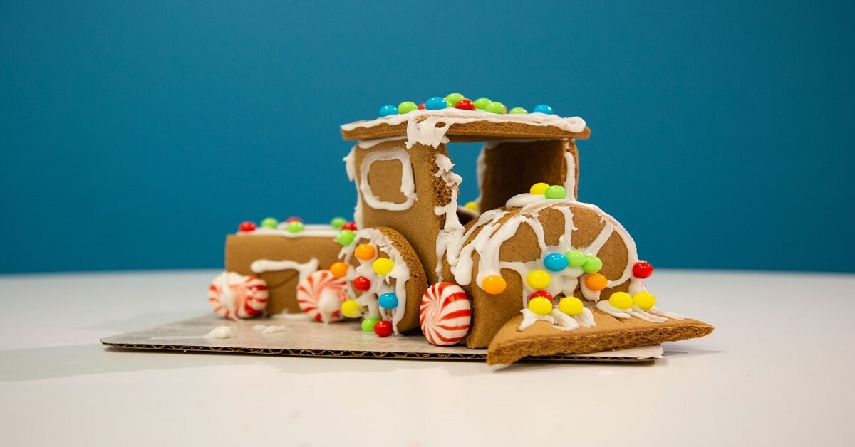 premade gingerbread houses
