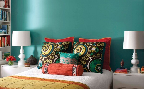 Choose refreshing colors for bedsheets