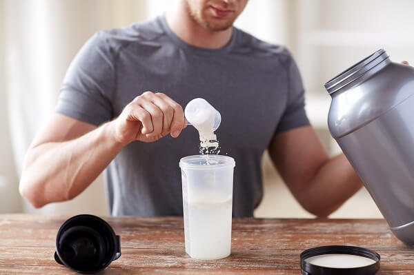How to consume whey protein to build muscle mass