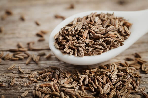 How to use caraway seed to enhance the nutrients of common foods